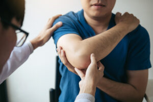 5 things you should know before seeing a chiropractor